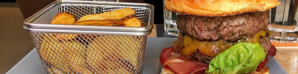 Pesti Burger és Bár