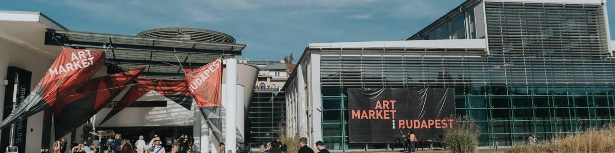 art_market_2018_cover