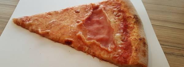 La Pizza di Fetta Pizzaszelet Bár