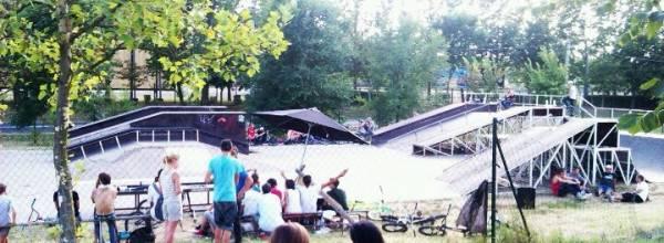 Skate & Dirt Park