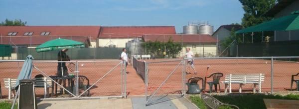 Jako Tennis Komplexum