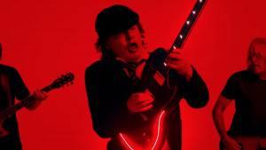 AC/DC - Shot In The Dark videó